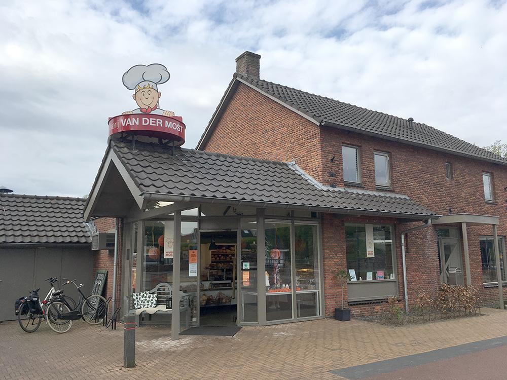 Lemelerveld bakkerij van der Most
