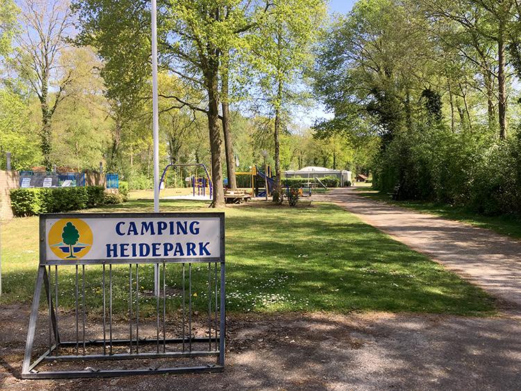 ingang camping heidepark lemelerveld