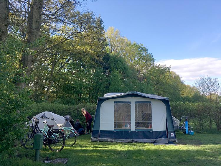 kampeerplek op camping noetselerberg in Nijverdal