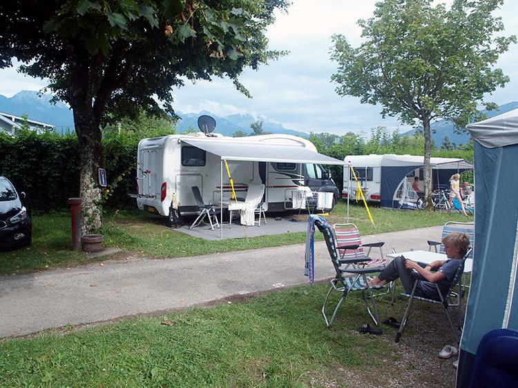 camping aan het meer van annecy