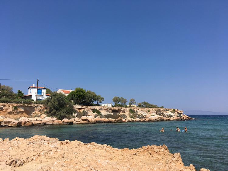 de zee bij Villa Aleni op het eiland Aegina